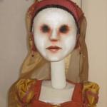 Costumes des marionnettes.