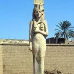 "3D interpretation:""statue of Meritamun"""